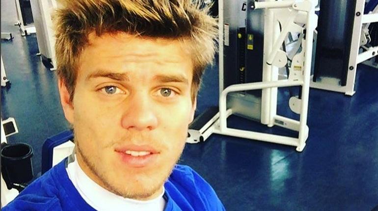 Отчим футболиста Александра Кокорина Кирилл Логинов извинился за поведение своего сына. Заявление появилось на странице нападающего