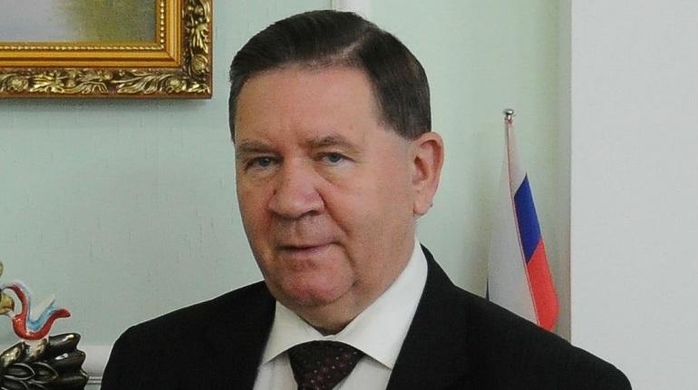 Главы трех регионов России подали в отставку