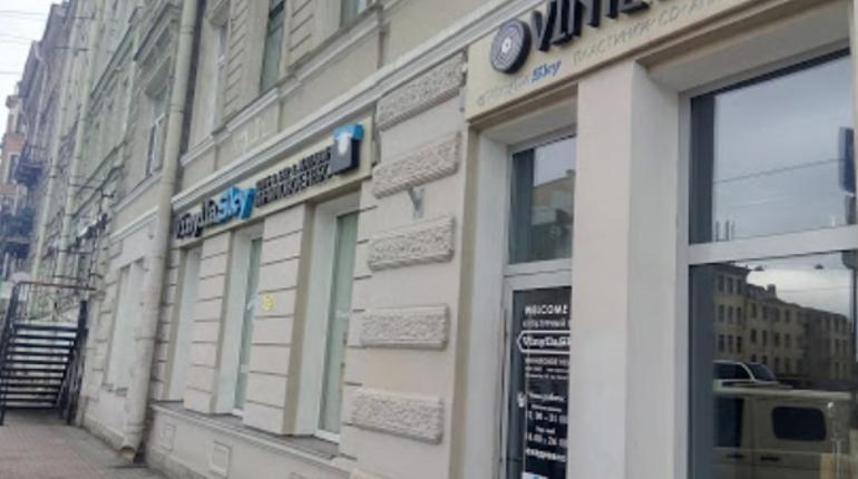В бизнес-центре на Лиговском и в доме на Верности искали бомбы