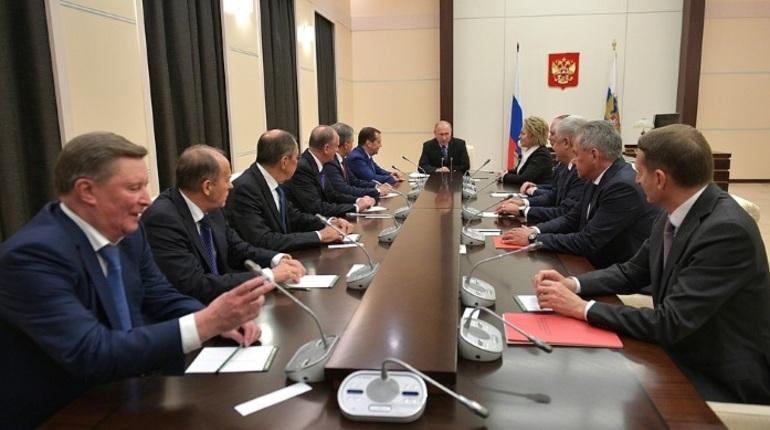 Путин обсудил с Совбезом ситуацию вокруг Русской церкви на Украине