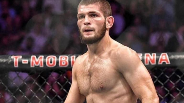 Чемпион Абсолютного бойцовского чемпионата (UFC) в легком весе россиянин Хабиб Нурмагомедов вызвал на поединок боксера из США Флойду Мэйуэзеру, у которого было 50 побед при отсутствии поражений.