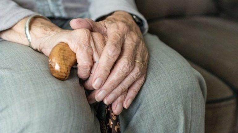 Зависимость пенсий от поддержки из государственного бюджета РФ после увеличения пенсионного возраста увеличится. Такое заключение о проекте бюджета Пенсионного фонда на 2019-2021 годы сделали в понедельник, 15 октября, в Счетной палате.