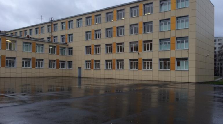 Роспотребнадзор: концентрация паров ртути в школе на Дыбенко превышена в 30 раз