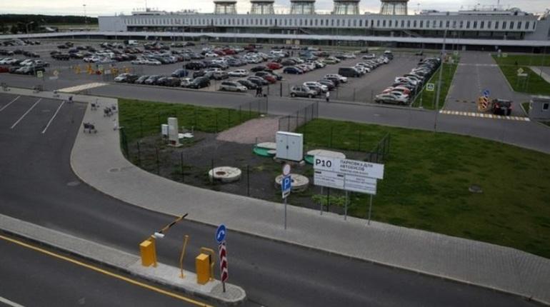 В аэропорту Пулково из-за сильного тумана задержали сразу четыре рейса авиакомпании