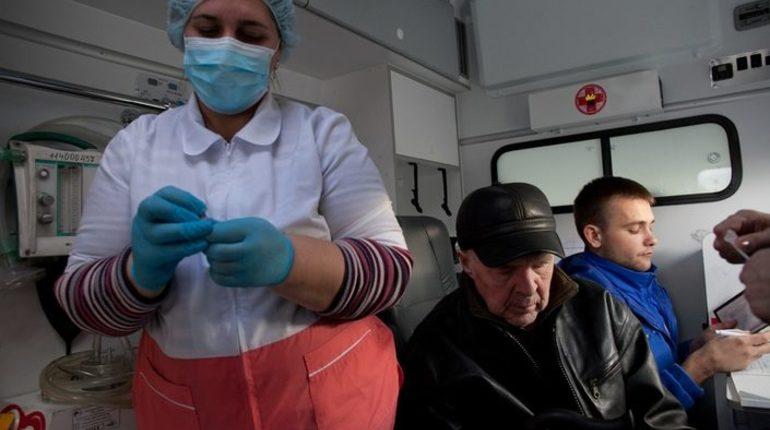 Роспотребнадзор обработал почти 400 заявок петербуржцев, связанных с гриппом и ОРВИ