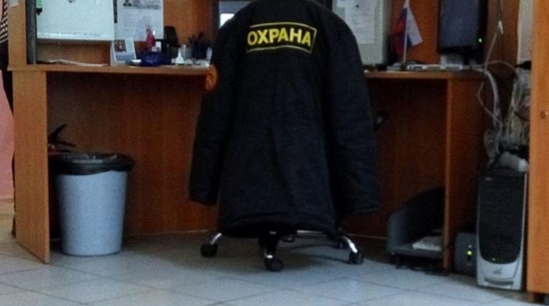 Прокуратура Петербурга начала проверку соблюдения законодательства о безопасности учащихся в образовательных учреждения города после случившегося в Керчи 17 октября.