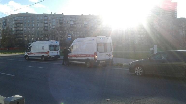 На Бухаресткой машина сбила 8-летнюю девочку
