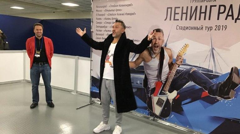 Шнур проводил Полтавченко из Смольного матерной песней
