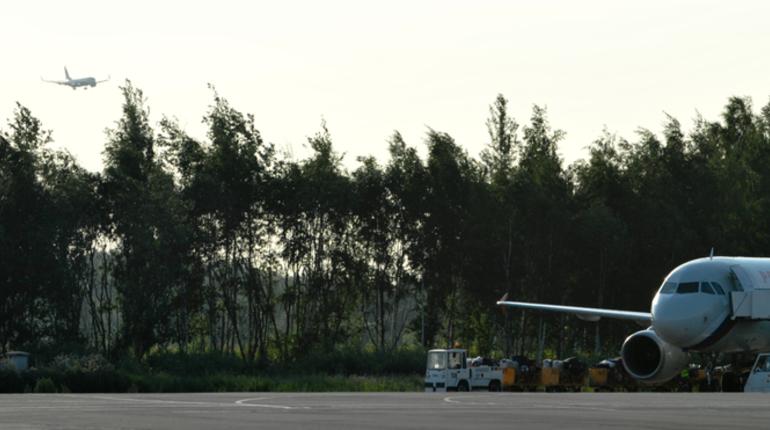 Tajik Air задержит рейс Петербург – Душанбе на пять часов