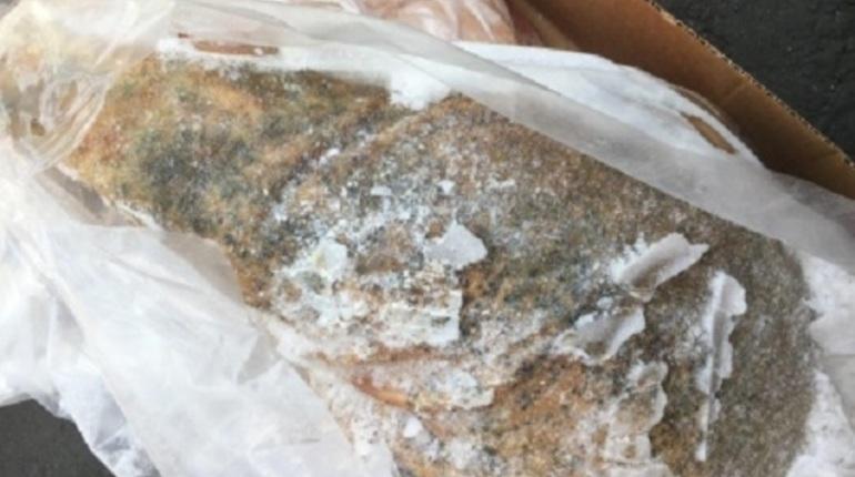 В Петербург не пустили 24 тонны гнилой свинины из Чили