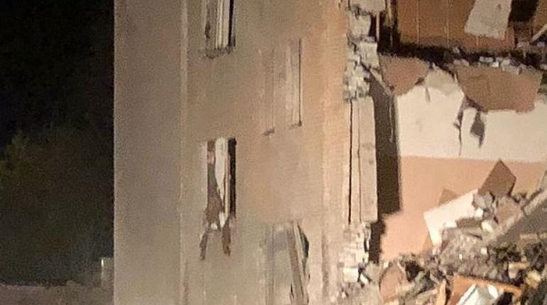 Следственный комитет России поделился видеозаписью с места взрыва на заводе в Гатчине. На кадрах можно увидеть масштаб разрушения.