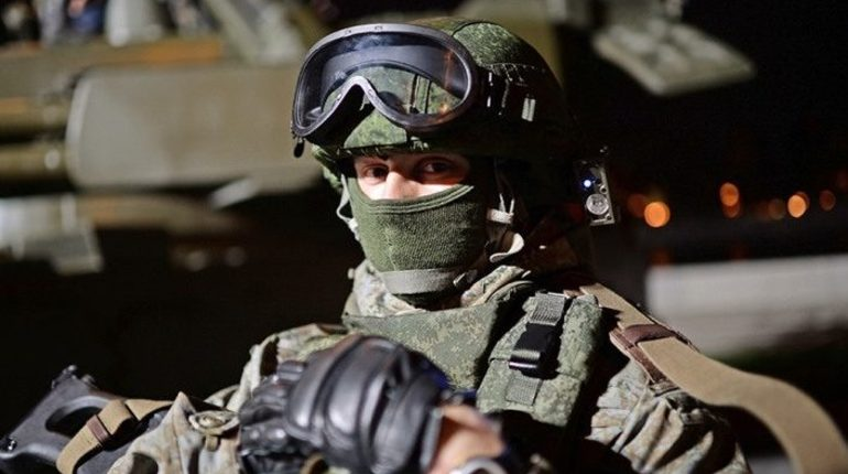 Зарплаты и пенсии военнослужащих будут трижды проиндексированы в течение ближайших трех лет. В 2019 году на 4,3%, в 2020 году на 3,8%, в 2021 году на 4%. Об этом в понедельник, 22 октября, заявила заместитель министра обороны РФ Татьяна Шевцова.