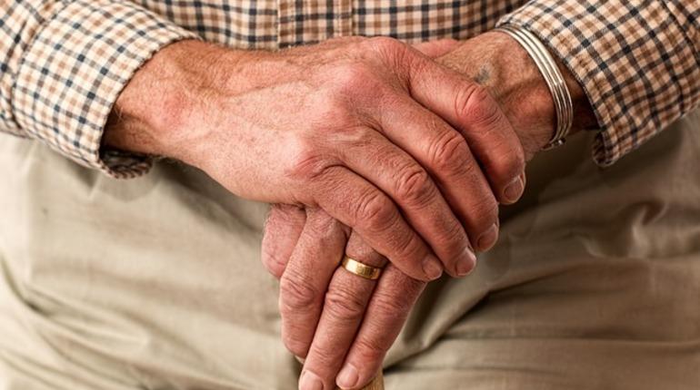 Почти треть россиян собираются работать после пенсионного возраста. При этом жить на государственную пенсию планируют лишь 16%.