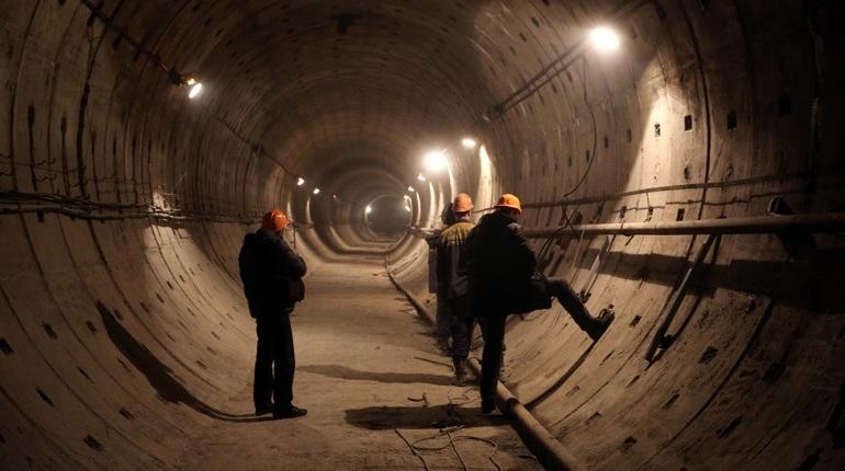 Петербуржцы бьются с «Метростроем» за зарплату