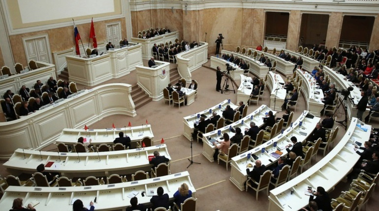 В среду, 24 октября, в Петербурге пройдет заседание Законодательного собрания, подведут итоги навигации, расскажут о