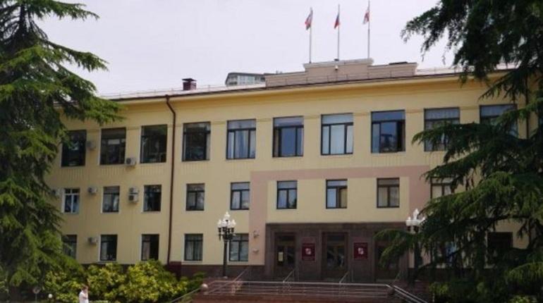 В Сочи задержали заместителя мэра Ивана Бомбергера, главного архитектора города Владимира Малова и главу МУП