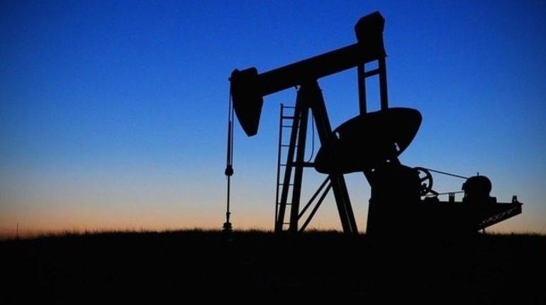 Истощение месторождений Западной Сибири может привести к рискам сокращения годовой добычи нефти России на 410-420 млн тонн к 2035 году. Об это заявил глава АО