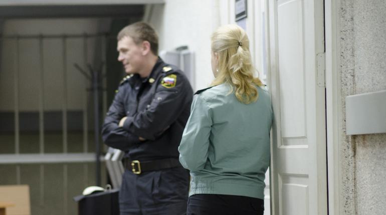 Выборгский районный суд Петербурга отклонил ходатайство следствия об избрании меры пресечения для Станислава Митрушина, который подозревается хищении средств банка.