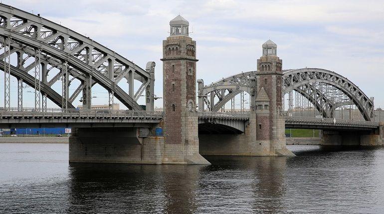 Лекарство от затора: Большеохтинский мост пробьют реверсом