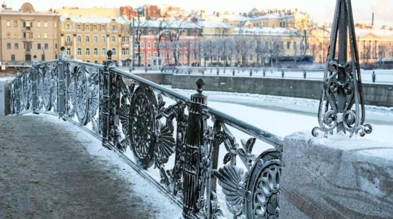 Спасатели предупреждают петербуржцев о надвигающихся заморозках. Из-за них в ночное время суток дороги покроет гололедица.