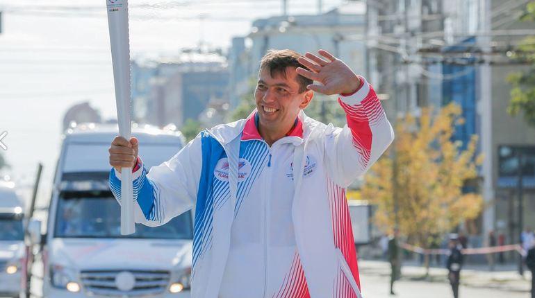 В Петербурге пройдет этап Эстафеты огня XXIX Всемирной зимней универсиады 2019 года. Эстафета огня стартует в 12:00 27 октября на площади Академика Сахарова.