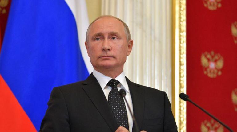 Путин пошутил над главой ХМАО, занявшей его место