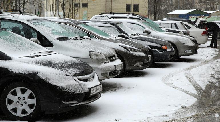 В Петербурге объявлен «желтый» уровень погодной опасности из-за снега