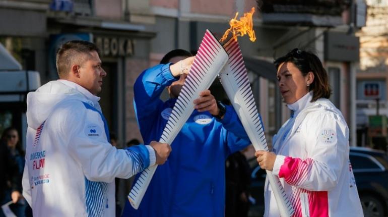 Суббота в Петербурге пройдет с эстафетой огня и ралли