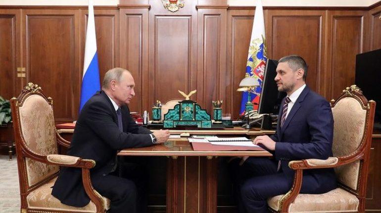 Депутатам Законодательного собрания и членам правительства Забайкальского края представили Александра Осипова, который был назначен врио губернатора.