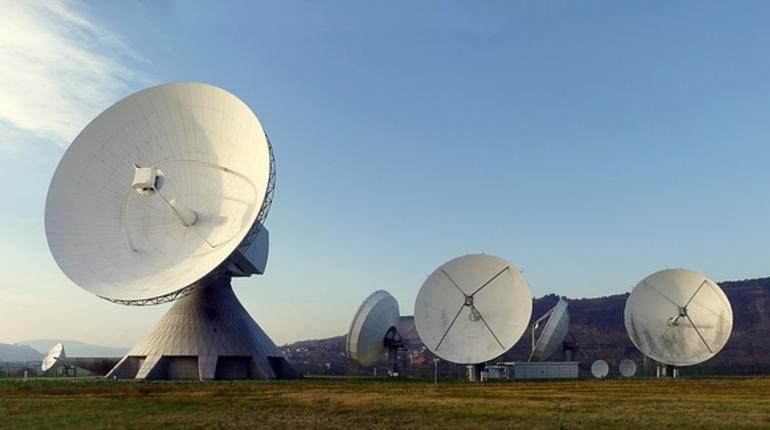В России провели испытания систем, которые смогут выводить из строя спутники связи противника.