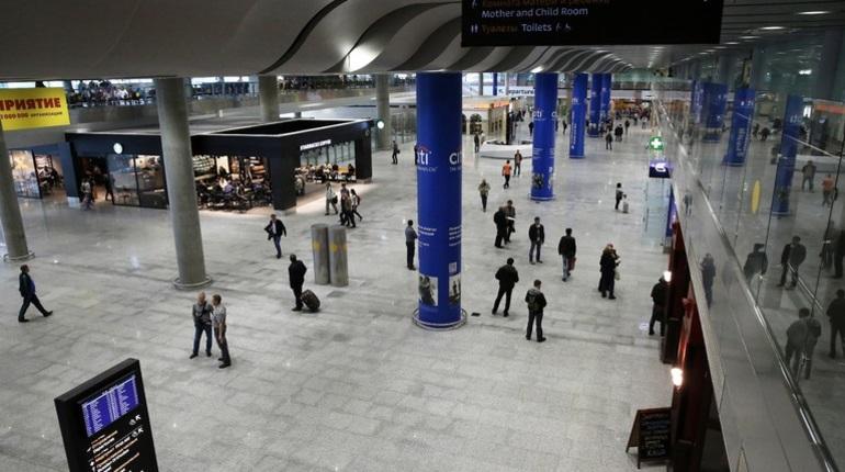Пассажирам рейса ОК 887, направляющегося в чешскую столицу, придется ждать вылета лишних полчаса. Компания Czech Airlines задерживает самолет. Задержка, вероятно, связана с тем, что из Праги в Петербург самолет прибыл с опозданием.