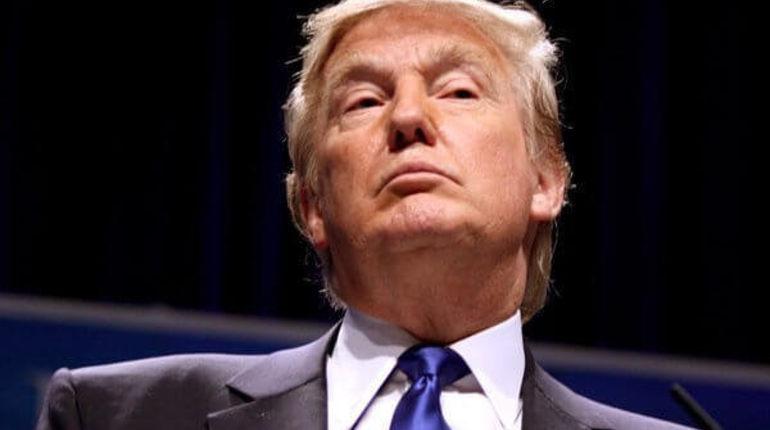 Американский президент Доналд Трамп сообщил, что Россия якобы намерена попросить у Вашингтона экономическую помощь. Об этом политик заявил на