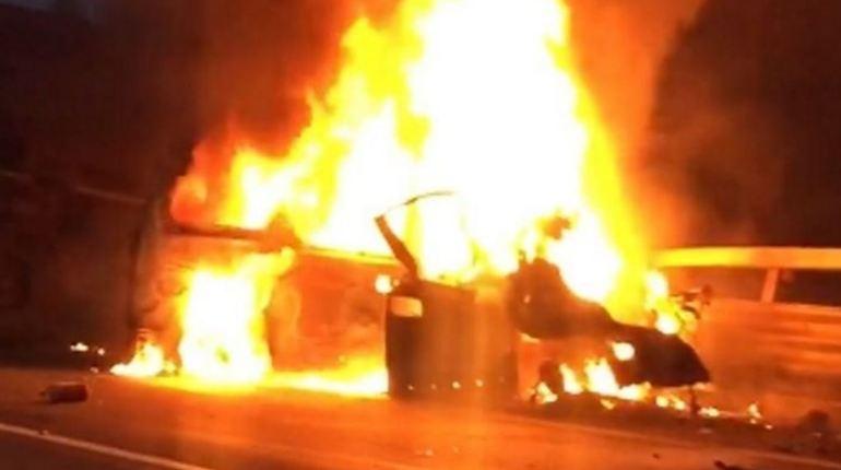 Сотрудниками полиции задержан водитель грузового автомобиля, попавшего в трагическую аварию на западном скоростном диаметре в Петербурге 27 октября. Напомним, что во время ЧП погибли восемь человек. Ранее
