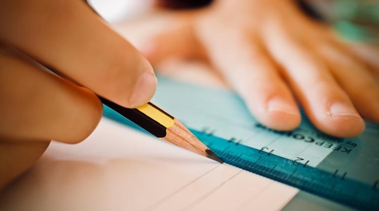 Родители петербургских школьников не смогли увидеть оценки своих детей 28 октября – портал «Петербургское образование» с электронными дневниками дал сбой.