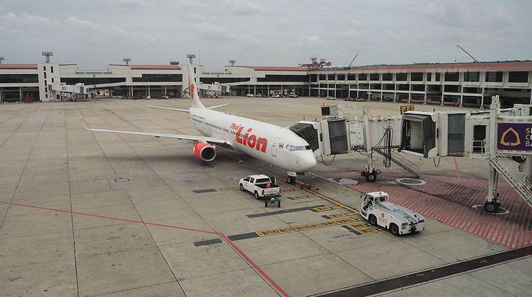 Пассажирский самолет Boeing 737 авиакомпании Lion Air упал через несколько минут после вылета из Джакарты.