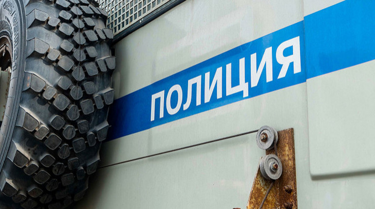 В Петербурге огласили приговор сотрудникам полиции Петру Рошканюку, Александру Кузнецову и Евгению Сычевского, которых обвиняли в получении взятки. Стражи порядка решили