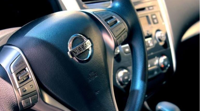 На заводе фирмы Nissan в Петербурге в октябре стартовало серийное производство обновленного кроссовера X-Trail.
