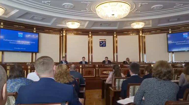 В Доме правительства Ленинградской области на Суворовском проспекте проходит заседание Совета новостроек региона с участием губернатора Ленобласти Александра Дрозденко.