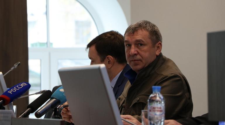 Вице-губернатор Петербурга Игорь Албин поручил
