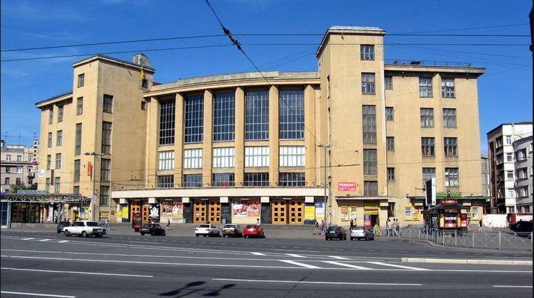 Депутаты просят Беглова выкупить ДК им. Горького «в рассрочку»