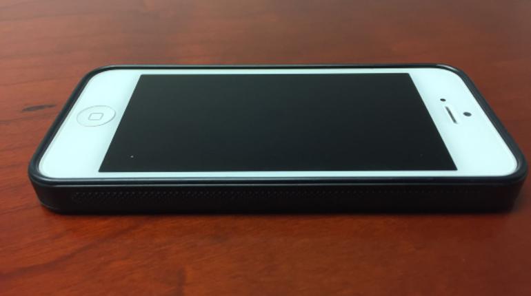 Компания Apple внесла в список устаревших продуктов iPhone 5. Он был выпущен в 2012 году.