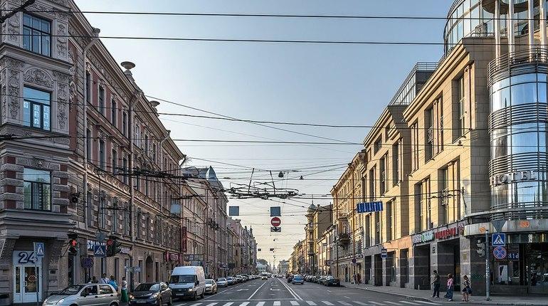 Жители каких стран чаще всего приобретали недвижимость в центре Петербурга в октябре, выяснили аналитики ГК «Мираж». Лидером по объемам спроса стали гости из Германии.
