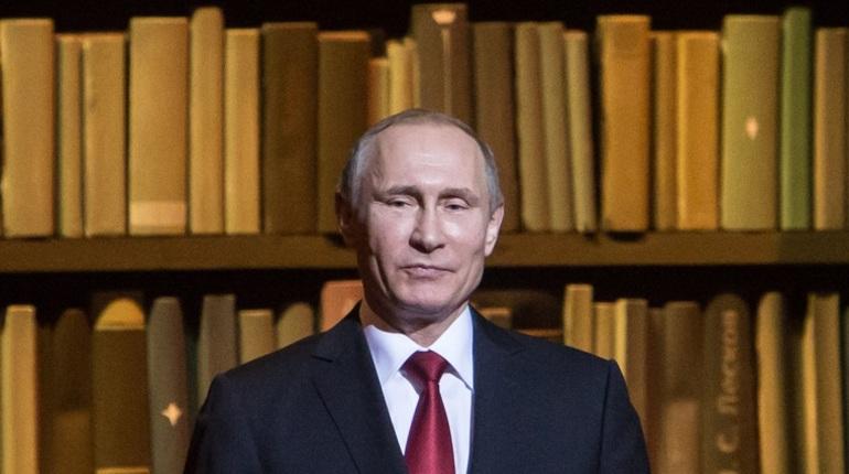 Путин предлагает вернуть военной разведке название ГРУ