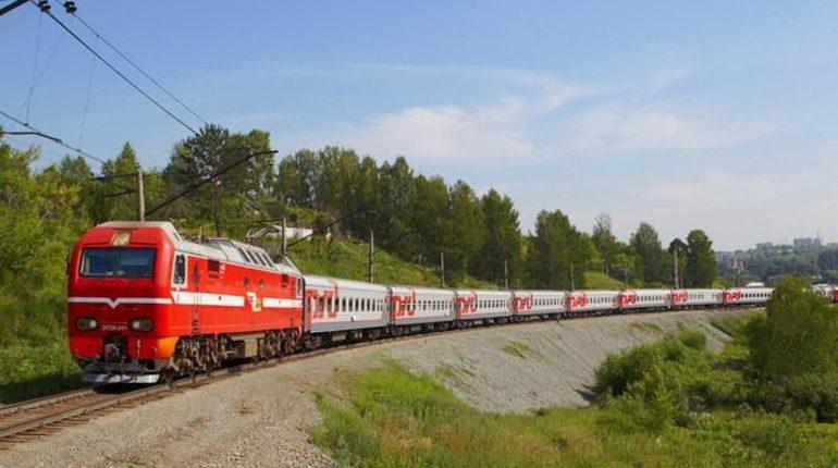 ДТП с участием поезда и грузовика произошло в Краснодарском крае. Пострадали 18 человек.