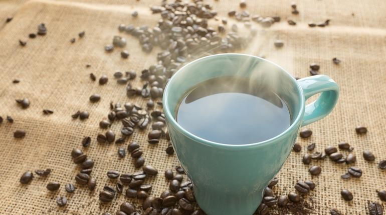 Ученые из США признали горячий кофе полезнее для человеческого организма, чем холодный.