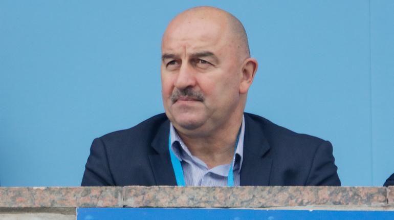 Стал известен список игроков, вызванных в сборную России на товарищеский матч с командой Германии и на матч группового этапа Лиги наций со сборной Швеции. Состав команды был опубликован на официальном сайте РФС.