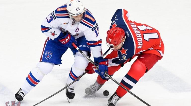 Петербургский хоккейный клуб СКА проиграл в матче чемпионата КХЛ против московского ЦСКА. Московская команда одержала победу со счетом 3:1.