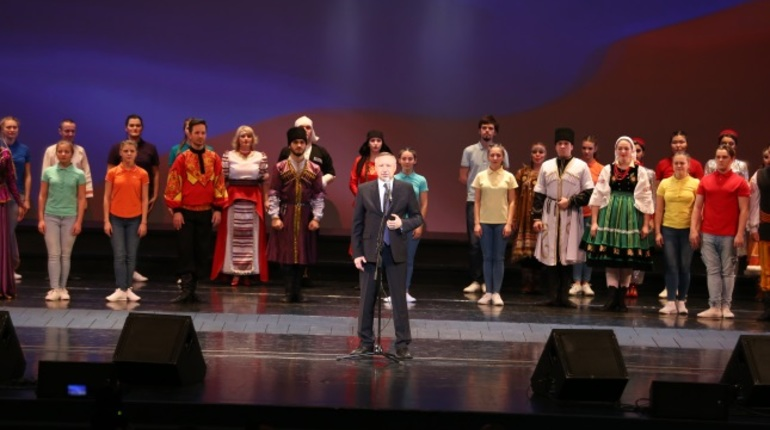 Беглов: Петербург должен быть комфортным для всех народов