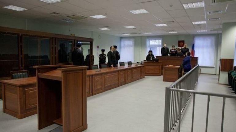 Красногвардейский районный суд Петербурга приговорил предпринимателя Платона Магуту к пяти годам лишения свободы за мошенничество. Мужчина продемонстрировал свою