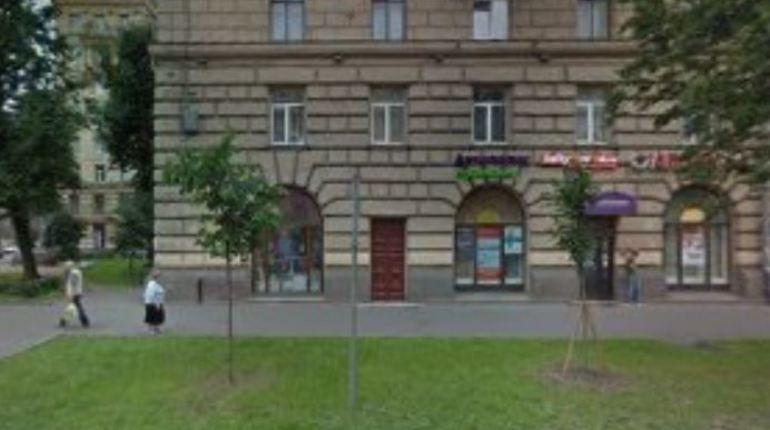 Прокуратура Петербурга продолжает бороться с нелегальными хостелами в городе. Ведомство направило в Кировский районный суд иск с требованием закрыть мини-гостиницу на 28 мест в жилом доме.